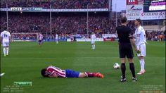 Diego Costa Yellow Card for Dive Atletico Madarid vs Real Madrid 2 1 HD La Liga 2014
