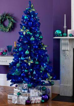 Un árbol de Navidad azúl!La primera vez que lo veo, me encanta, y mas con el turquesa. Original.
