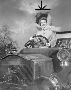Automobiles: (Old) Baltimore Date1/8/1950 DescriptionJean Crow. Miss Maryland in 1906 Maxwell owned by Don Halleck By A. Aubrey Bodine