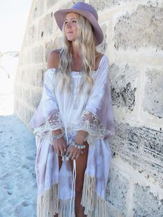 Bohemian boho girl in white lace outfit. For more followwww.pinterest.com/ninayayand stay positively #pinspired #pinspire @ninayay