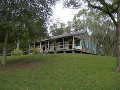 """Mt Locust Inn, Located at Mile marker 15 on the Natchez Trace Parkway. The inn was constructed in1780. It is the only remaining inn (or """"stand"""") along the Natchez Trace. It is listed on the National Register of Historic Places."""
