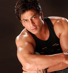 shahrukh khan Happy New Year first poster News and Information