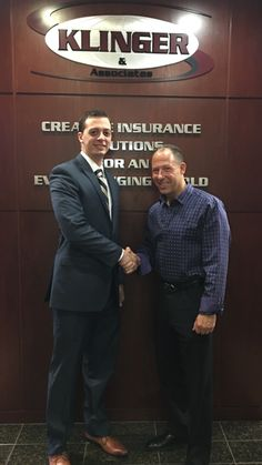 Thanks to Robert Frazier, our new rep, from Philadelphia Insurance Companies for stopping by our office.  Philadelphia Insurance Companies is a great company to do business with when it comes to Employment Practices Liability Insurance (EPLI), Professional Liability and Cyber Tech Liability.   We look forward to continuing our long and productive relationship.  Welcome to the Klinger Insurance Group Team!