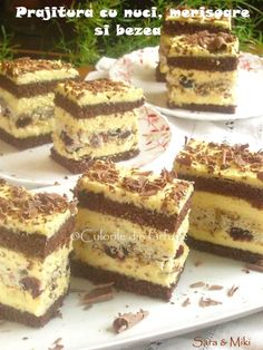 Prajitura cu nuci, merisoare si bezea Romanian Desserts, Romanian Food, Sweets Recipes, Cake Recipes, Cooking Recipes, Cheesecakes, Sweet Treats, Food And Drink, Yummy Food