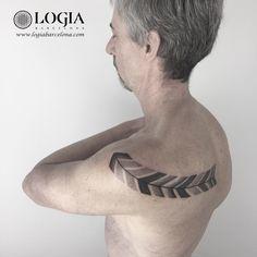 Φ Artist ANA GODOY Φ  Info & Citas: (+34) 93 2506168 - Email: Info@logiabarcelona.com Facebook: facebook.com/logiabarcelona Instagram: instagram.com/logiabarcelona YouTube: youtube.com/logiabarcelonatattoo #logiabarcelona #logiatattoo #tatuajes #tattoo #tattooink #tattoolife #tattoospain #tattooworld #tattoobarcelona #ink #arttattoo #artisttattoo #inked #instattoo #inktattoo #tattoocolor #dotwork #puntillismo #tattooart #tattooist #tattoolife #ink #inkaddict #gemtattoo