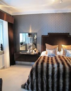 Black and white bedrooms wallpaper