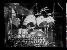 """#KISS """"the lost concert"""" #New_Jersey_1976 (Full show) by: #Rogério_KISS is a true #Legend: #1970s bad-ass #Hard_Rock band like: #Aerosmith #Led_Zeppelin #Foghat #New_York_Dolls #Sweet #Black_Sabbath (but also 1st influence of #Gothic_Rock #Black_Metal) & then their was another #genre: #Southern_Rock like: #Molly_Hatchet #Lynyrd_Skynyrd etc. that was really hard-hitting from #Down_South y'all!<3"""