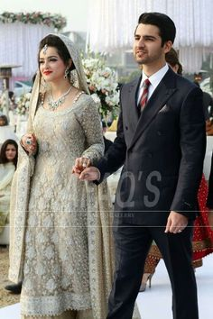 Walima look A♡S inshallah Pakistani Wedding Outfits, Pakistani Wedding Dresses, Bridal Outfits, Indian Dresses, Bridal Looks, Bridal Style, Walima Dress, Asian Bride, Groom Dress