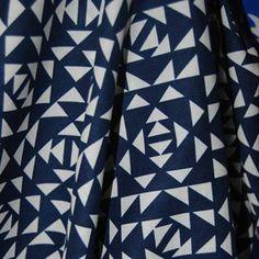 Geometric cotton lawn - Fabric HQ