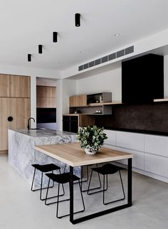 73 Beautiful And Unique Kitchen Lighting Ideas For Your New Kitchen 45 Awesome Modern Scandinavian Kitchen Ideas Scandinavian Kitchen Renovation, Home Decor Kitchen, Home Kitchens, Kitchen Ideas, Kitchen Inspiration, Kitchen Colors, Modern Kitchens, Kitchen Layout, Kitchen Design Scandinavian