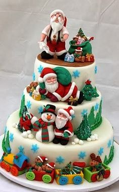 Yummy Santa Christmas Cake Decorating Ideas, 2013 Creative Christmas Food Ideas, How To Decorate Christmas Cake Christmas Cake Decorations, Christmas Sweets, Holiday Cakes, Noel Christmas, Christmas Baking, Christmas Cakes, Xmas Cakes, Christmas Wedding, Christmas Aprons