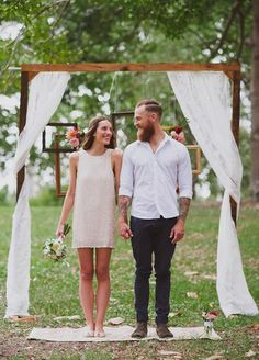 cool and simple small casual rustic wedding ceremony ideas summer wedding 25 Chic and Easy Rustic Wedding Arch Ideas for DIY Brides Wedding Ceremony Ideas, Wedding Arch Rustic, Wedding Tips, Trendy Wedding, Boho Wedding, Dream Wedding, Casual Wedding Decor, Simple Wedding Arch, Wedding Venues