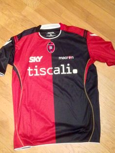 Cagliari, Italy. Original t-shirt/  Maglia originale