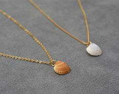 Gold plated Chain Seashell Tiny Necklace, Pendant necklace, White Seashell, Beach Jewelry, Summer Jewelry