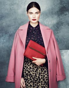 Marks and Spencer dusty pink coat Editorial Fashion, Fashion Trends, Fashion Styles, Style Fashion, Looks Cool, Fashion Advice, Fashion Poses, Fashion Editorials, Style Me