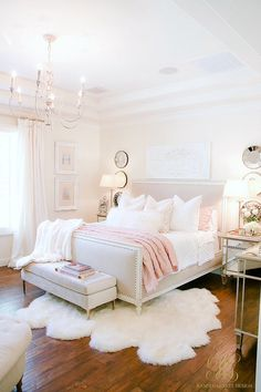Pink + Blue Summer Bedroom - 3 simple steps for the perfect summer bedroom - Ran. Pink + Blue Summer Bedroom - 3 simple steps for the perfect summer bedroom - Randi Garrett Design Cute Bedroom Ideas, Girl Bedroom Designs, Room Ideas Bedroom, Home Decor Bedroom, Design Bedroom, Glam Bedroom, Pink Master Bedroom, Bed Design, Bed Room