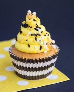 Whos ready for a bee themed party! This roundup of bumble bee party supplies and baking supplies is as sweet as honey. Just look at these gorgeous black and yellow combo of colors. The bee themed party cupcakes are the perfect touch when topped with our Bee Hive sprinkles mix and bee shaped sugar shapes. I Sweets & Treats #beeparty #bumblebeeparty #beebabyshower #blackandyellow #beecupcakes