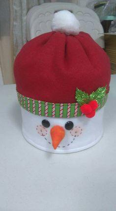Christmas Favors, Christmas Table Decorations, Diy Christmas Tree, Christmas Projects, Christmas Stockings, Christmas Ornaments, Holiday Decor, Snowman Crafts, Felt Crafts