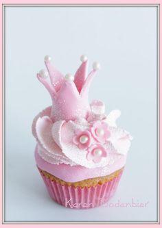Princess Cup cakes! - by dutchcakes @ CakesDecor.com - cake decorating website