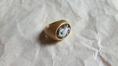 Ehi, ho trovato questa fantastica inserzione di Etsy su https://www.etsy.com/it/listing/239339038/italian-cameo-ring-handmade-shell-cameo