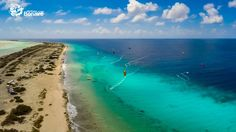 Kitesurfing on the best Caribbean island Bonaire