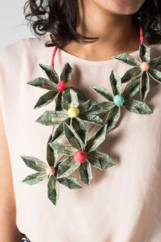 The House That Lars Built.: Money necklace DIY...Make these flowers from money!