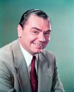 Ernest Borgnine Photo at AllPosters.com
