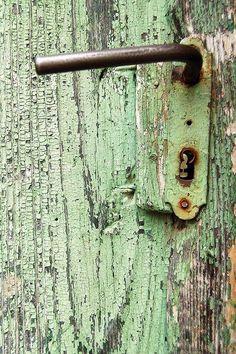 Door detail #Romania #mint