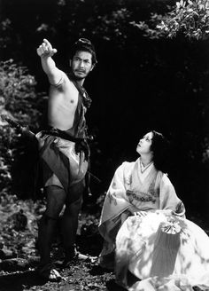 machiko kyo | Toshiro Mifune and Machiko Kyo on the set of 'Rashomon' directed by Akira Kurosawa