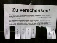 NOTES OF BERLIN: Kleine Papierstreifen.