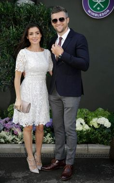 Boxer Carl Froch and his wife Rachel Cordingley looked dapper at Wimbledon. She wore a white lace dress with Valentino Rockstud heels. Heels Outfits, White Outfits, Summer Outfits, Valentino Rockstud Heels, Semi Formal Outfits, Gentlemen Wear, Looking Dapper, Celebrity Look, Catwalk