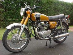 """1972 Honda CB350... This was the same bike they used in the movie """"My Bodyguard"""" ... please nobody say the Whitney Houston and Kevin Kostner movie, please"""