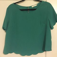 Cropped Scallop Top This is a never worn but no tags crop top! It has scalloped sleeves and arms. Very comfy and has a 3 openings in the back! Super cute Lush Tops Crop Tops