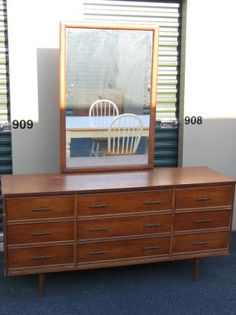 Incroyable Vintage Mid Century Dixie 9 Drawer Dresser With Mirror