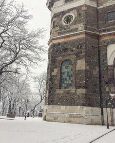 Esztergom Winter Basilica snow photo San Francisco Ferry, Big Ben, Notre Dame, Snow, Building, Winter, Painting, Travel, Buildings