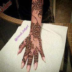 Stained - henna artist in Tampa Florida for bridal mehndi , henna tattoo , and henna design ebooks for the henna community. Mehndi Designs Book, Finger Henna Designs, Mehndi Designs For Girls, Stylish Mehndi Designs, Mehndi Designs For Beginners, Mehndi Design Pictures, Beautiful Henna Designs, Latest Mehndi Designs, Mehndi Images