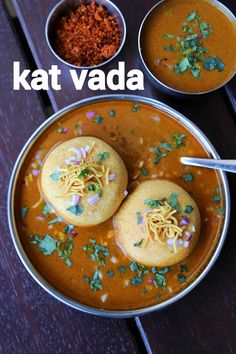 kat vada recipe, kat wada recipe, kolhapuri kat vada, vada usal with step by step photo/video. snack recipe with deep fried potato dumplings & spicy gravy. Pakora Recipes, Chaat Recipe, Paratha Recipes, Veg Sabji Recipe, Recipe Recipe, Indian Veg Recipes, Indian Dessert Recipes, Indian Snacks, Evening Snacks Indian