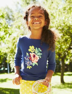 4bd3b5a7da4 I ve spotted this  BodenClothing Twinkly Appliqué T-shirt wrong photo