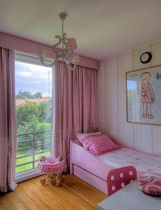 Silvia Home Decor: Maria Barros - Interior Designer Portuguesa Bedroom Furniture, Bedroom Decor, Kids Decor, Home Decor, Little Girl Rooms, Teen Bedroom, My Room, Toddler Bed, Interior Design