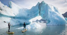 Picture of two stand up paddle borders paddling near an iceberg Sup Boards, Beach Volleyball, Triathlon, Mountain Biking, Stand Up Paddle Board, Big Wave Surfing, Sup Yoga, Adventure Photos, Sup Surf