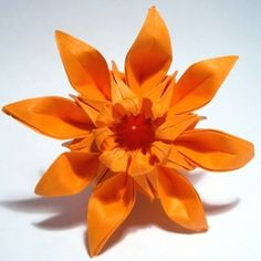 Exquisite renderings of origami daisy graphic tutorial completed