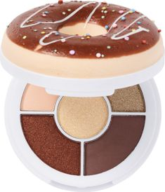 Donut Palettes to drive you glazy! Smell me, squeeze me, love me! I Heart Revolution's Donut Shadow Palettes will drive you glazy. Eye Palette, Makeup Palette, Eyeshadow Palette, Eyeshadows, Cute Makeup, Makeup Geek, Makeup Kit, Makeup Brands, Best Makeup Products