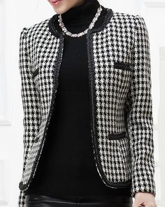 Жакеты в стиле Шанель (45 фото): твидовые модели Knit Jacket, Tweed Jacket, Blazer Jacket, Office Fashion, Urban Fashion, Womens Fashion, Only Blazer, Chanel Style Jacket, Houndstooth Jacket