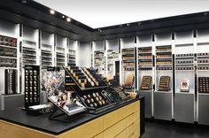 MAC Store by bharat aggarwal, via Behance Cosmetic Display, Cosmetic Shop, Makeup Display, Pharmacy Design, Retail Design, Tienda Mac, Mac Store, Nail Salon Decor, Building A Container Home