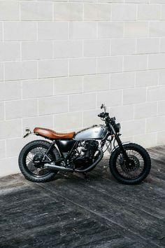 A brand new custom design by Deus Ex Machina. Bmw Tracker, Moto Street Tracker, Tracker Motorcycle, Scrambler Motorcycle, Flat Tracker, Yamaha Cafe Racer, Ducati, Yamaha Sr400, Honda Cb750