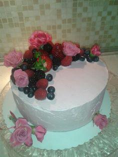 Cake fiori freschi e frutti di bosco♥