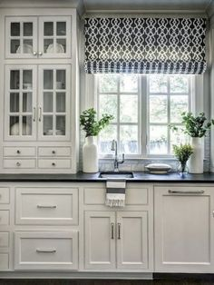 Kitchen Decor Best 100 white kitchen cabinets decor ideas for farmhouse style design - Best 100 white kitchen cabinets decor ideas for farmhouse style design Kitchen Window Treatments, Home Kitchens, Kitchen Design, Kitchen Inspirations, Kitchen Renovation, Farmhouse Kitchen Cabinets, Kitchen Cabinets Decor, Home Decor, Modern Farmhouse Kitchens