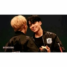 Disturbing Behaviour - boyxboy schoollfe seventeen seungkwan chwehansol vernon verkwan - Asianfanfics