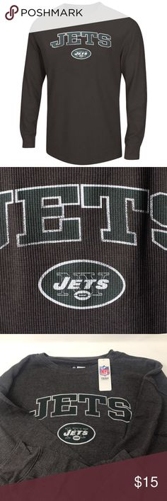 New York Jets Men's Big & Tall Thermal Long Sleeve Brand New Officially Licensed with tags. This 60% Cotton/40% Poly, tables collar crew neck has distressed graphics for a vintage look. (XLT) 191287036544 (2XT) 191287036551 (3XT) 191287036568 (4X) 191287036513 (4XT) 191287036575 (5X) 191287036520 Team Apparel Shirts Tees - Long Sleeve