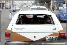 9. Lo retro de viajar en las guayinas   Community Post: 16 Imágenes Que Muestran La Tijuana De Los 90.